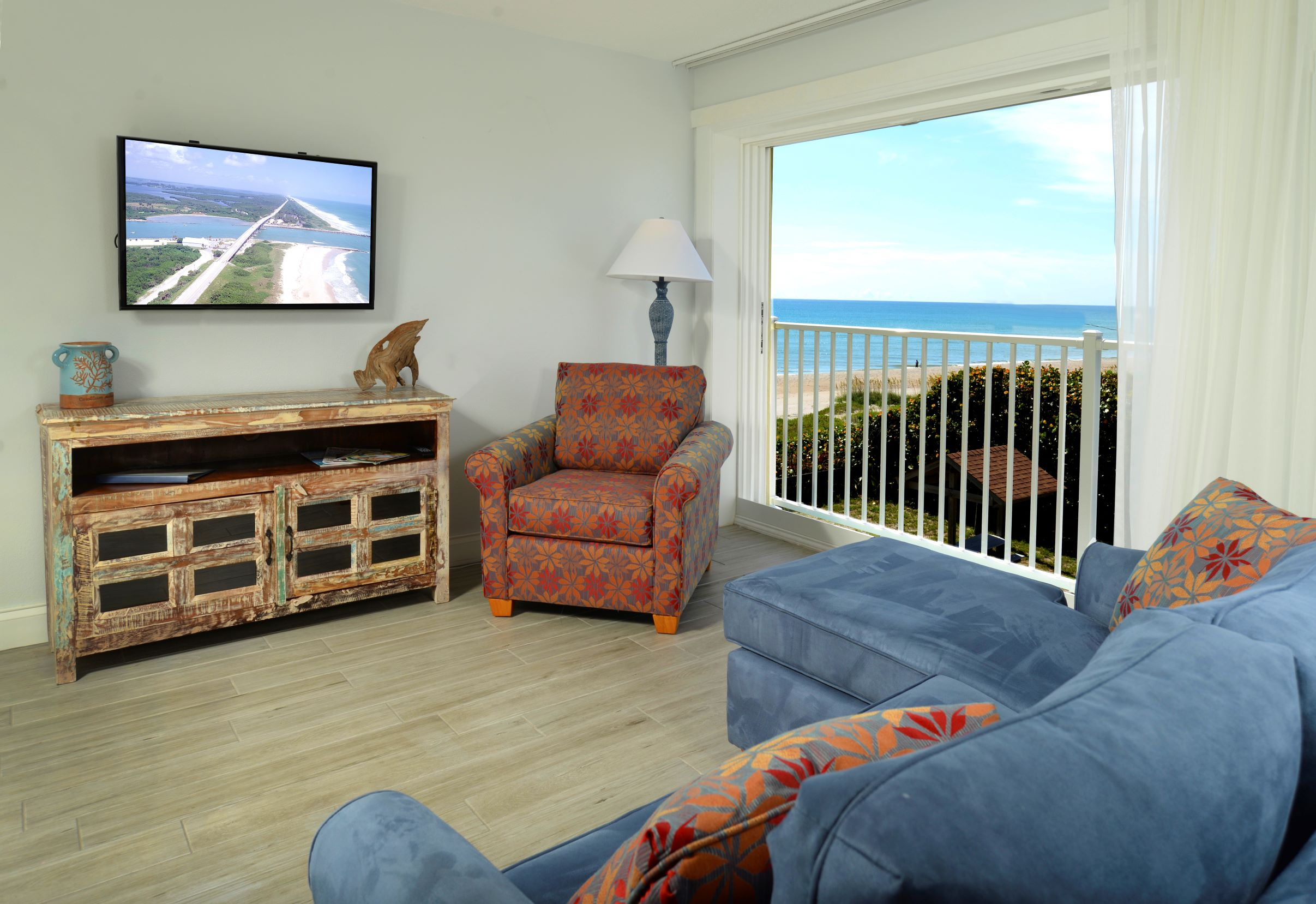 3rd Floor  Ocean Side View King Suite